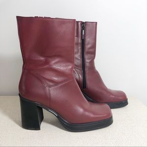 Vintage Tommy Hilfiger Women's Maroon Chunky Boots